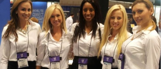 3 tips for what to wear at trade shows