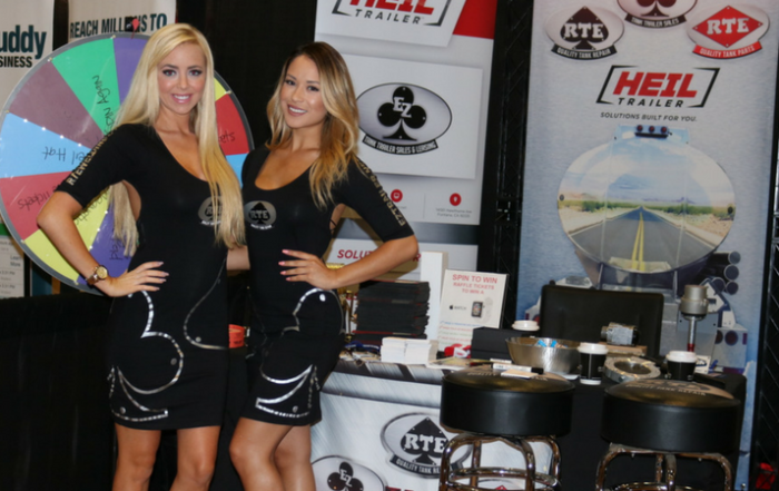 10 Reasons to Hire a Trade Show Model